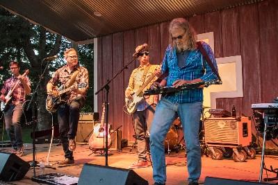 Music Showcase: Six Mile Grove